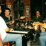 formacao-gaucha-da-very-very-cool-cool-band-fernando-corona-guto-wirtt-edinho-espindola-e-p-guitarra