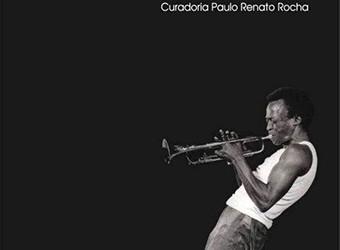 29/09 ( SÁBADO – 16h ) – Cine Jazz no Auditório do Mac celebra Miles Davis, com Paulinho Guitarra